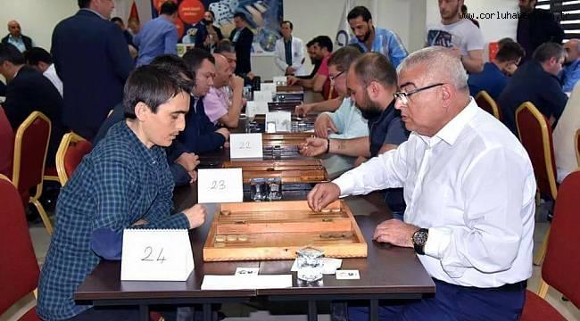 Geleneksel Tavla Turnuvasının 1'incisi Gerçekleşti