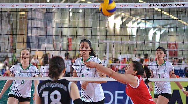 Yıldız Kızlarımız Türkiye 17'ncisi Oldu