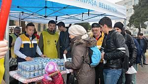 Süleymanpaşa Belediyesi ve 57. Alay Komitesi Çanakkale şehitleri için pilav ayran dağıttı
