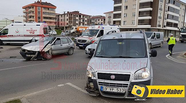 Ölüm Kavşağında Yine Kaza, 2 Yaralı
