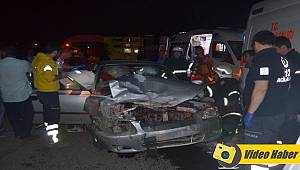 Alkollü Sürücü Önde Seyreden Otomobile Çarptı, 3 Yaralı