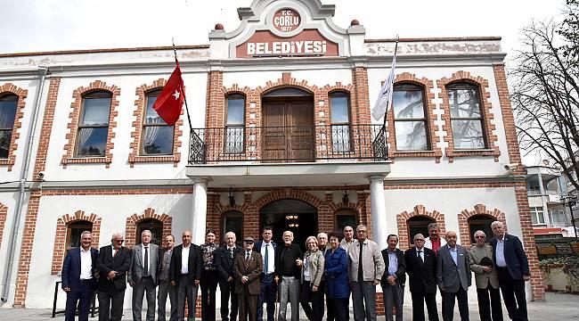 Başkan Sarıkurt Eski Meclis Üyeleriyle Buluştu