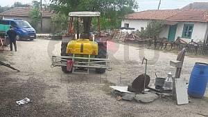 Freni Boşalan Traktörün Altında Kaldı