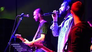 Alternatif Sahne'de DİP ile Muhteşem Gece