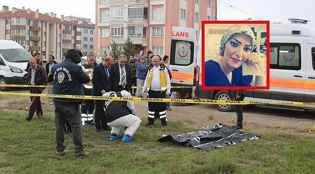 Boşanmak İsteyen Eşini Sokak Ortasında Öldürdü