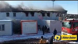 İşçilerin Kaldığı Bölümde Korkutan Yangın