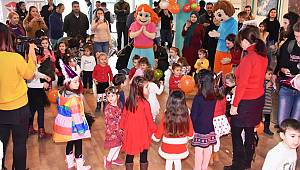 Süleymanpaşa Çocuk Kulübü üyeleri yeni yıl partisinde buluştu