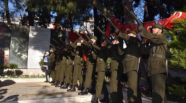 18 Mart Şehitleri Anma Günü Kapsamında Çelenk Sunma Töreni Gerçekleşti