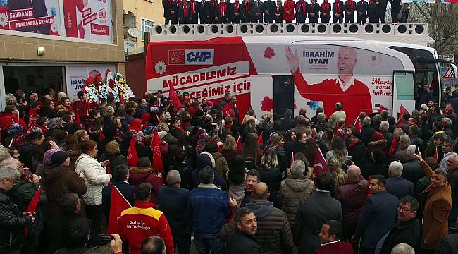 Seçim Bürosu Açılışı Mitinge Dönüştü