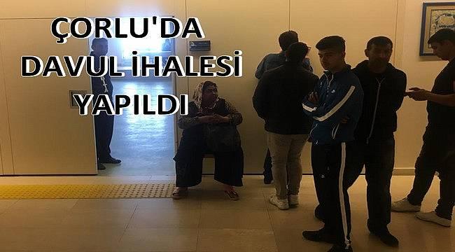 Çorlu'da Davul İhalesi Yapıldı