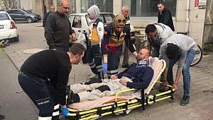 Kamyonetle Motosiklet Çarpıştı, 1 Yaralı