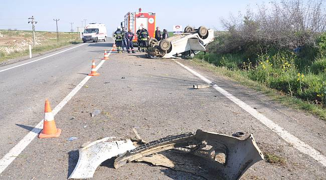 Yaşı Küçük Sürücü Kaza Yaptı, 1 Ölü 2 Yaralı