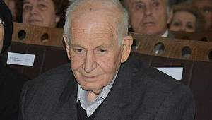 Tekirdağlı Yazar Mehmet Serez Hayatını Kaybetti