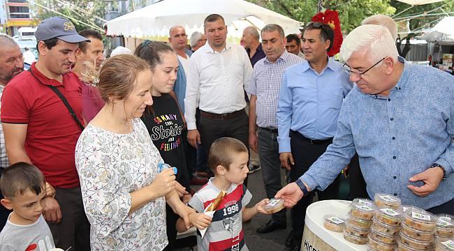 Ergene Belediyesi 5000 Adet Aşure İkram Etti