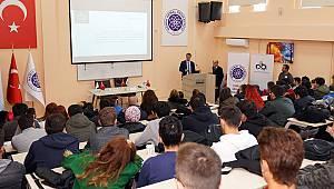 Başkan Sarıkurt Üniversite Öğrencileri ile Bir Araya Geldi