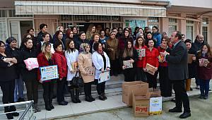 Kırklareli'nde Kursiyerlerden Kanser Hastası Çocuklara Yeni Yıl Hediyesi