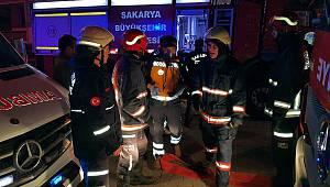 Komşuda Çıkan Yangından Etkilenen 4 kişi Hastaneye Kaldırıldı