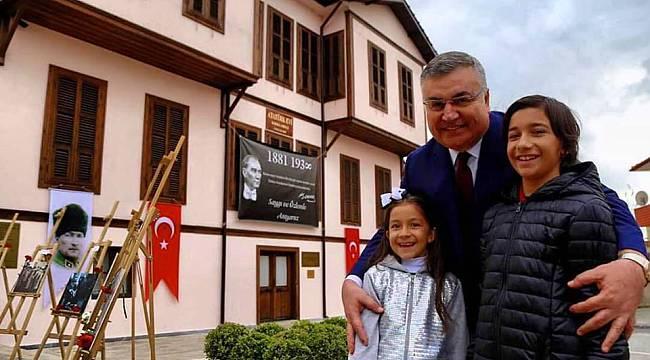Atatürk Evi'ni 2 Yılda 350 bin Kişi Ziyaret Etti