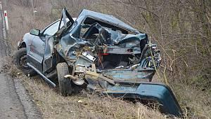 Hurdaya Dönen Otomobilde Sürücü Sıkışarak Yaralandı