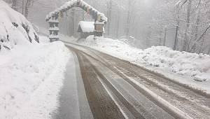 Kartepe'de Kar Kalınlığı 132 Santimetre Ölçüldü