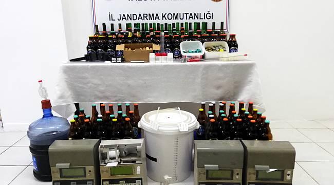 Akaryakıt İstasyonunda Sahte İçki Ürettiler