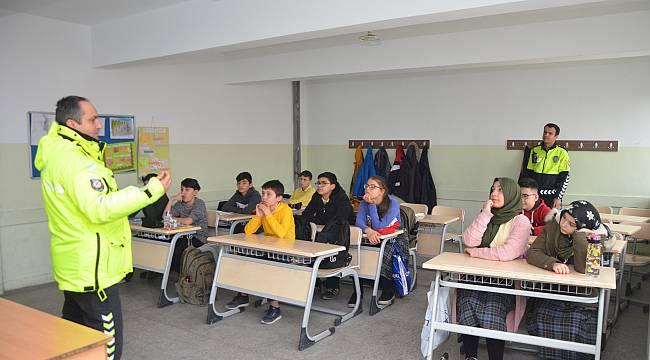 """Malkara'da Öğrencilere """"Trafik Eğitimi"""" Verildi"""