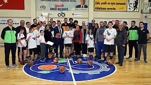 Özel Sporcular Basketbol Takımında Buluştu