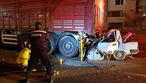 TIR'a Arkadan Çarpan Otomobil Sürücüsü Öldü