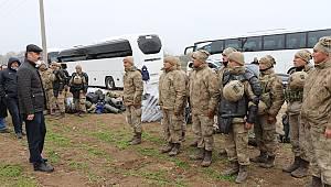 Edirne Valisi Canalp, Sınırda Görev Yapan Personele Teşekkür Etti
