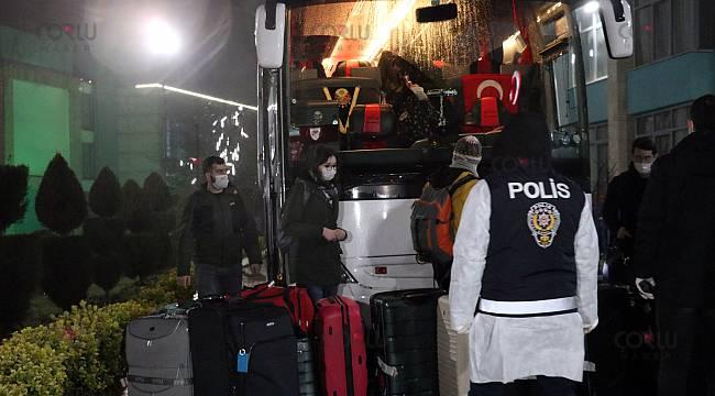 Yurt Dışından Gelenler 348 Kişi Öğrenci Yurduna Yerleştirildi