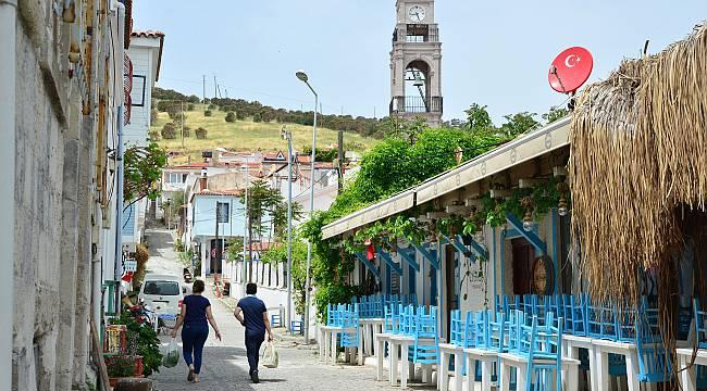 Bozcaada ve Gökçeada'da Kontrollü Turizm Beklentisi