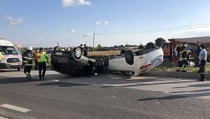 2 Otomobil Çarpışarak Takla Attı, 1 Yaralı