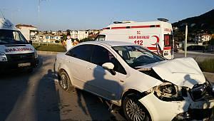 Bilecik'te Otomobil ile Ambulans Çarpıştı, 1 Yaralı