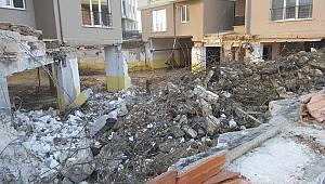 Çorlu'da Sitenin Kapalı Otoparkı Çöktü