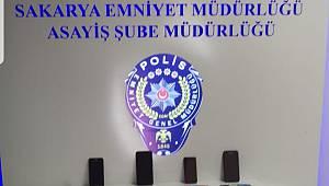 Kendilerini Polis Olarak Tanıtan 5 Kişi Yakalandı