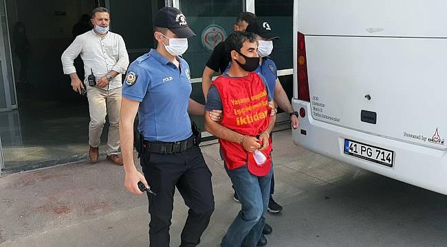 Kocaeli'de İzinsiz Gösteri Yapmak İsteyen 13 Kişi Gözaltına Alındı
