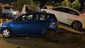 Pendik'te Feci Kaza, 3'ü Ağır 4 Yaralı