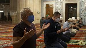 Selimiye Camisi'nde İlk Sabah Namazı Kılındı