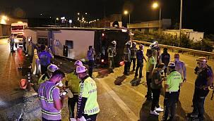 Bursa'da Otoyolda Yolcu Otobüsü Devrildi, 1 Ölü, 16 Yaralı