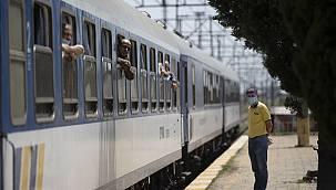"""Yılın İlk """"Arabalı Treni"""" Kapıkule'den Giriş Yaptı"""