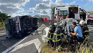 Feci Kaza! TIR Otomobile Arkadan Çarptı, 1 Ölü 1'i Ağır 2 Yaralı