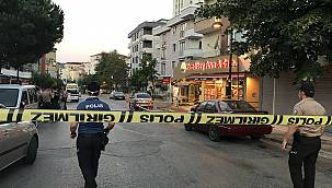 İstanbul'da Hırsızlık Zanlıları Bekçilere Ateş Açıp Kaçtı