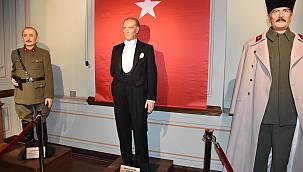 Çorlu Yılmaz Büyükerşen Balmumu Heykeller Müzesi Açıldı