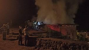 Evinde Çıkan Yangını Söndürmeye Çalışırken Hayatını Kaybetti