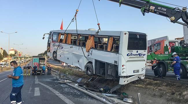 İstanbul'da Yolcu Otobüsü Devrildi: 11 Yaralı