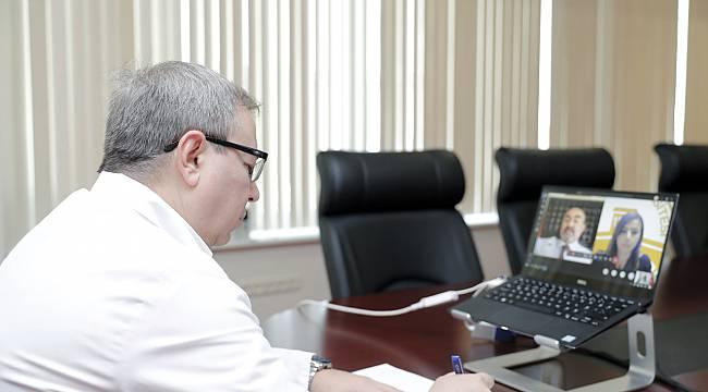 TÜ Sağlık Bilimleri Fakültesi'nde İlk Dersi Rektör Tabakoğlu Verdi