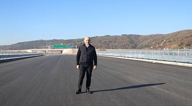 Bakan Karaismailoğlu, Kuzey Marmara Otoyolu'nda Araç Kullandı