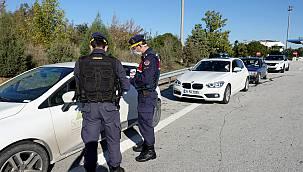 Karantinada Olması Gereken Kişi Trafik Uygulamasında Yakalandı