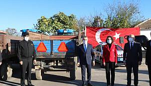 Kırklareli'nde Traktör Sürücülerine Reflektör Dağıtıldı