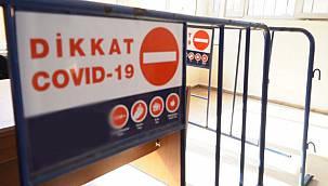 Kovid-19 Hastası Kişilerin Yaşadığı Binalara Uyarı Levhası Asılacak